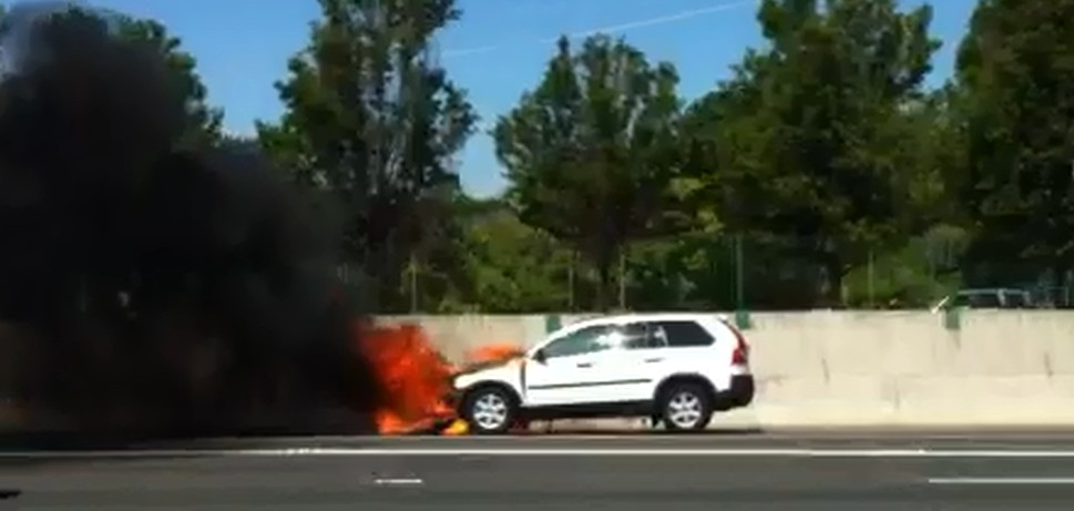 Photos Volvo Catches On Fire On Southbound I Near Treat