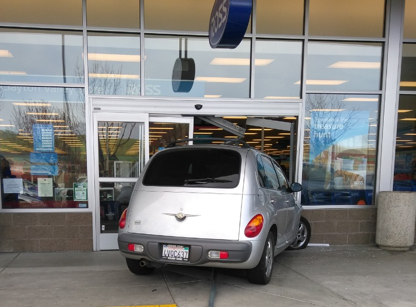 The PT Cruiser slammed through the front doors of Ross on Ygnacio Valley Rd. in Concord just after 2 p.m. on Tuesday. & Vehicle Crashes Through Front Doors of Ross in Concord (PHOTOS ... pezcame.com